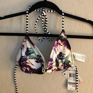 Roxy bathing suit top size L